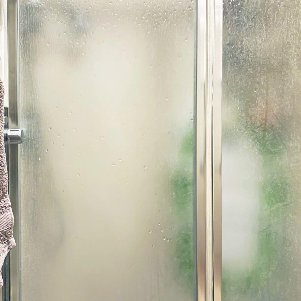 Jak dobrać szkło do kabiny prysznicowej?